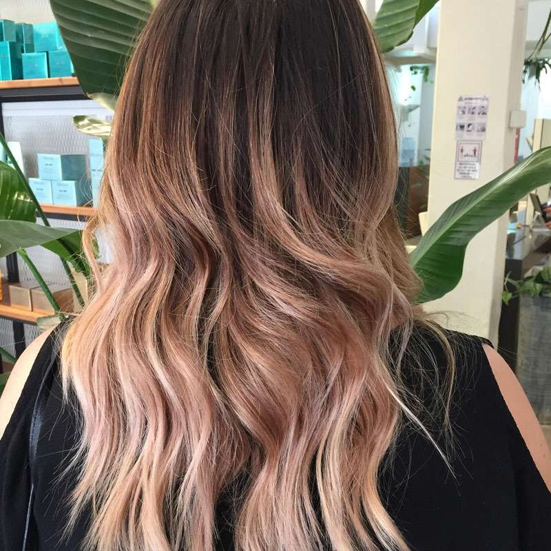 Balayage rose in salone