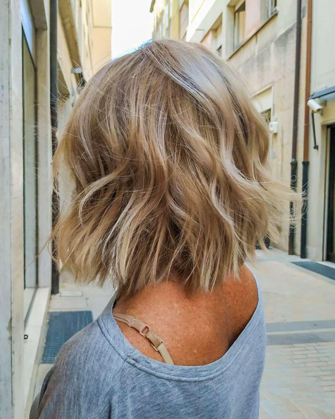 Taglio capelli corti e Shades EQ